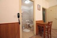 Bagno per disabili / Disabled bathroom