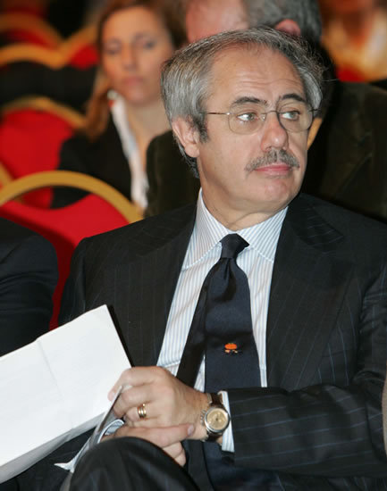 Ma chi è veramente Raffaele Lombardo?