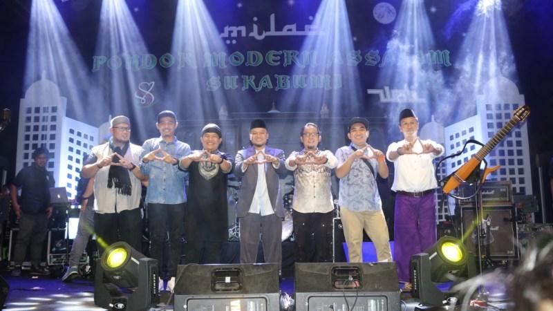 Konser Band Wali Ikut Ramaikan Milad Pondok Modern Assalam Sukabumi