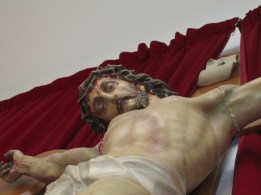Crucificado, Centro Asitencial