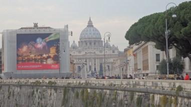 El Vaticano desde el Tiber