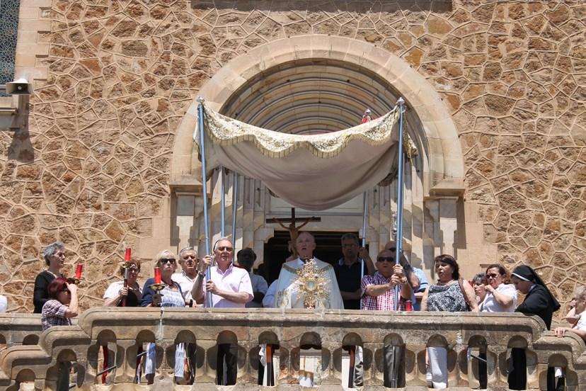 Corpus 2015: altar en la explanada del Real Santuario de San José de la Montaña.