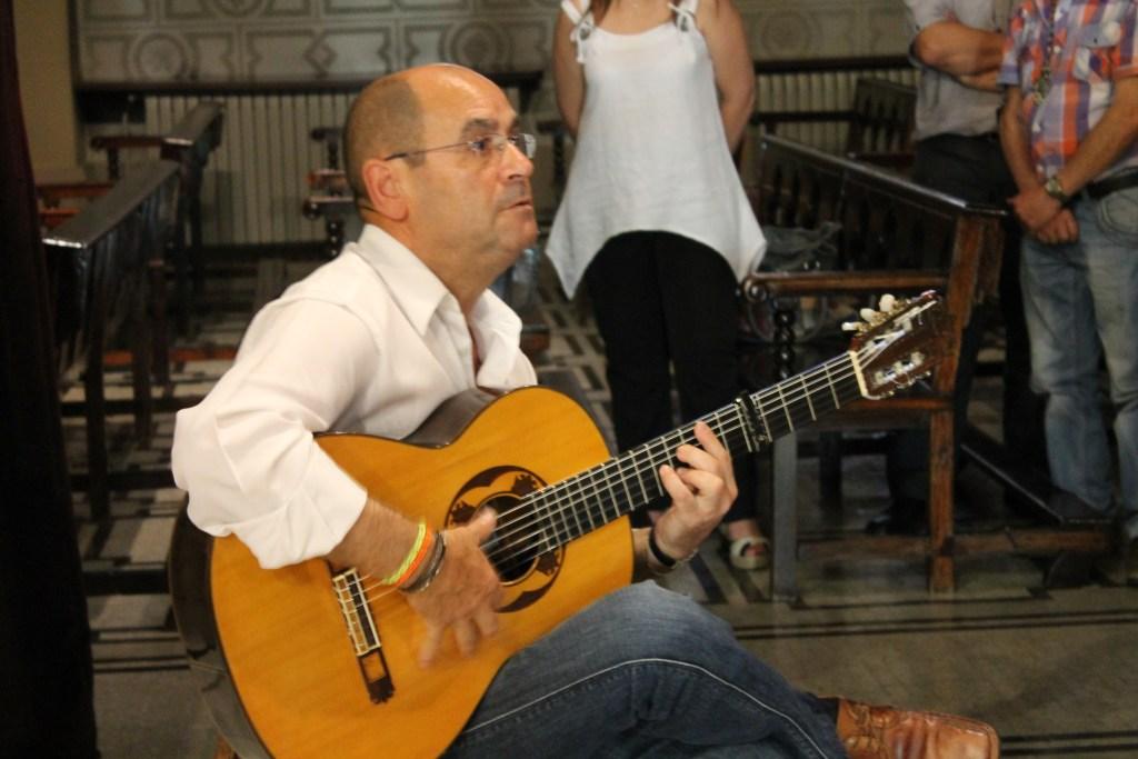 Guitarra de Misa Rociera. Barcelona. San José de la Montaña.