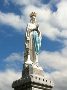 Nuestra Señora de Lourdes. Peregrinación desde el Santuario de San José de la Montaña.