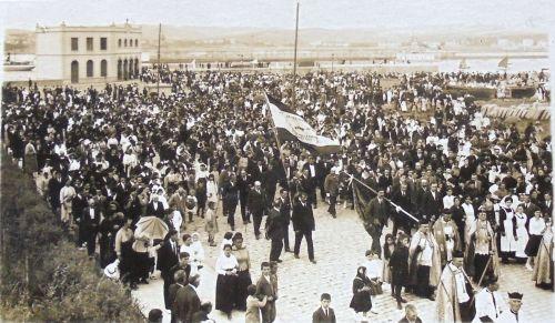 1917 desfile procesión-2