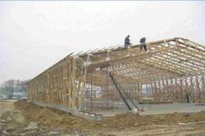 medinio angaro konstrukcijos su stogo santvaromis-projektai-santvaros.lt