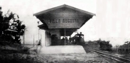 A estação de Vila Augusta, aproximadamente em 1920 (clique para ampliar).