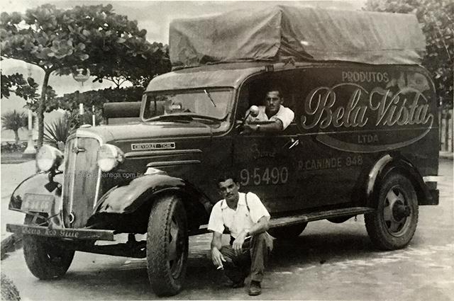 Caminhão Tigre, da Chevrolet, para entrega de doces