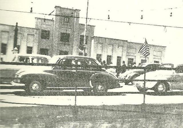 Viaduto Alberto Marino então recém inaugurado