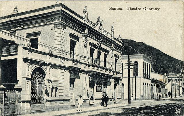 Neste postal antigo, o Teatro Guarany nos primeiros anos do século 20 (clique para ampliar)