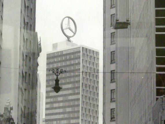 Uma estrela arranhando o céu de São Paulo