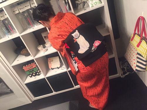 Saori Mochizuki 猫 和服 着物 着付け