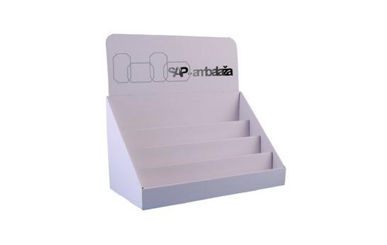 kartonski-stalak