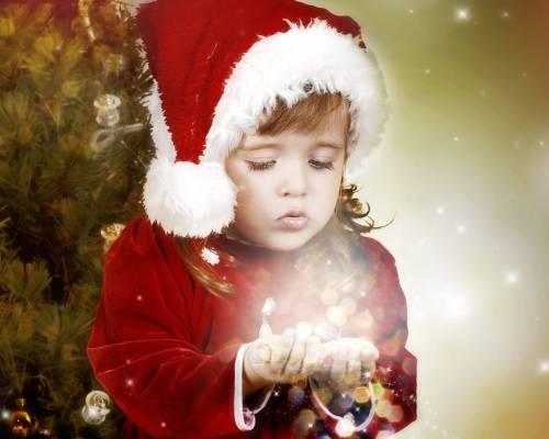 девочка в костюме Санта Клауса Дети - Обои для рабочего ...