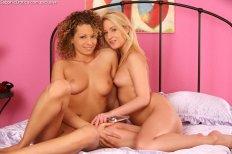 Sapphic Erotica Vanesa & Cathy in Pleasured Sirens 4