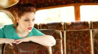 Sapphira Chattan Vintage & Pin Up Modelling