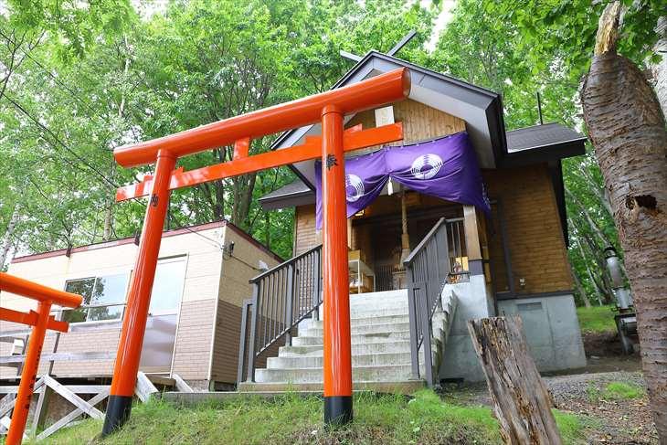 清田稲荷神社 本殿