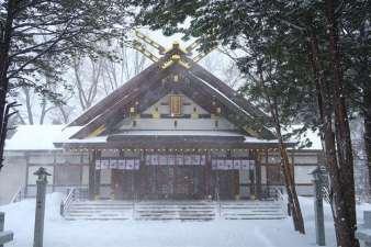 新琴似神社 本殿 冬の景色