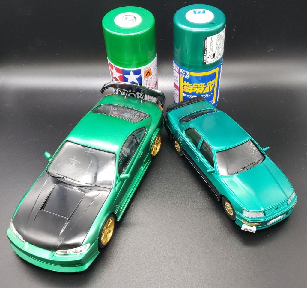 タミヤカラー TS-20 メタリックグリーンとMr.カラー S-77 メタリックグリーンを比較
