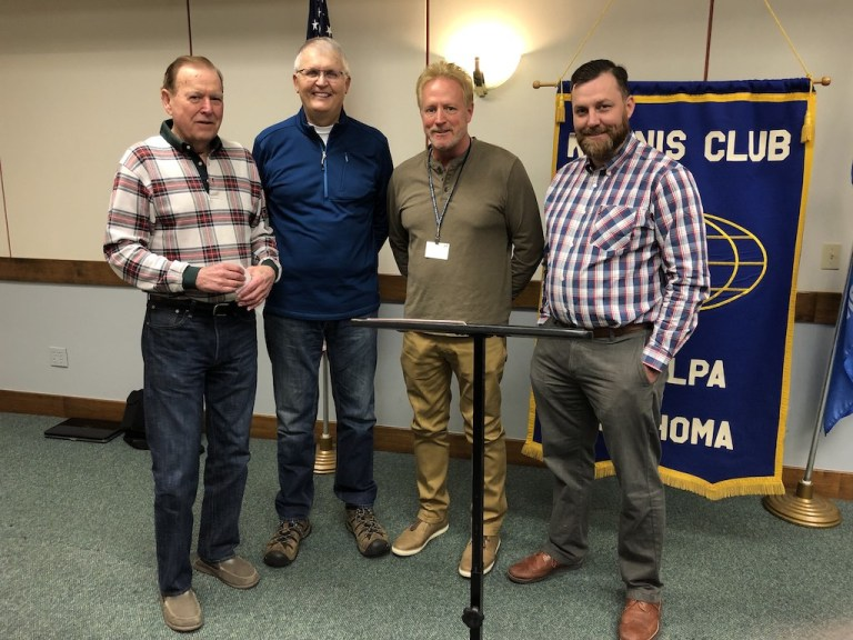 Sapulpa Parks receives $100,000 check from Kiwanis and other local donors