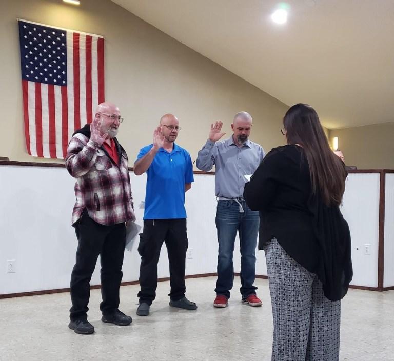 Kellyville's former mayor Jim Vogt regains the title at monthly meeting