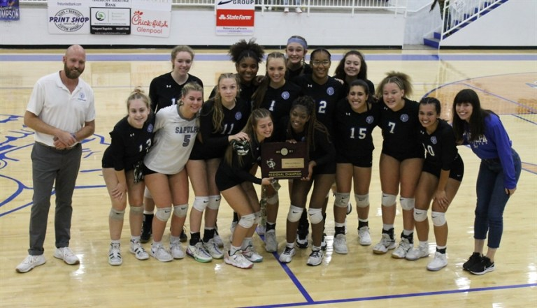 Photos: Chieftains Volleyball headed to state tournament