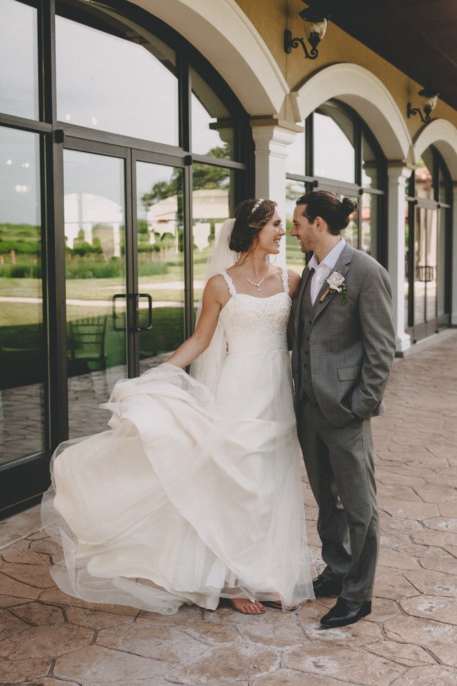 Summer DC Estate Winery wedding with a bride and groom first look and a stunning sunset - Photographed by Sara Anne Johnson