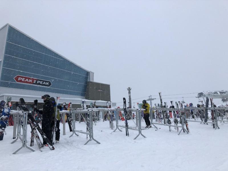加拿大BC省Whistler(惠斯勒)-冬天必來的滑雪勝地
