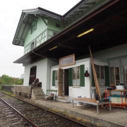 ...und fertig ist der Bahnhof