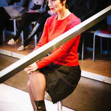 Marie-Louise Hauser als Joana Dorek