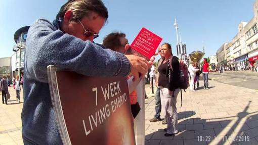Study Shows How Distressing Anti-Abortion 'Vigils' Are For Women - Broadly