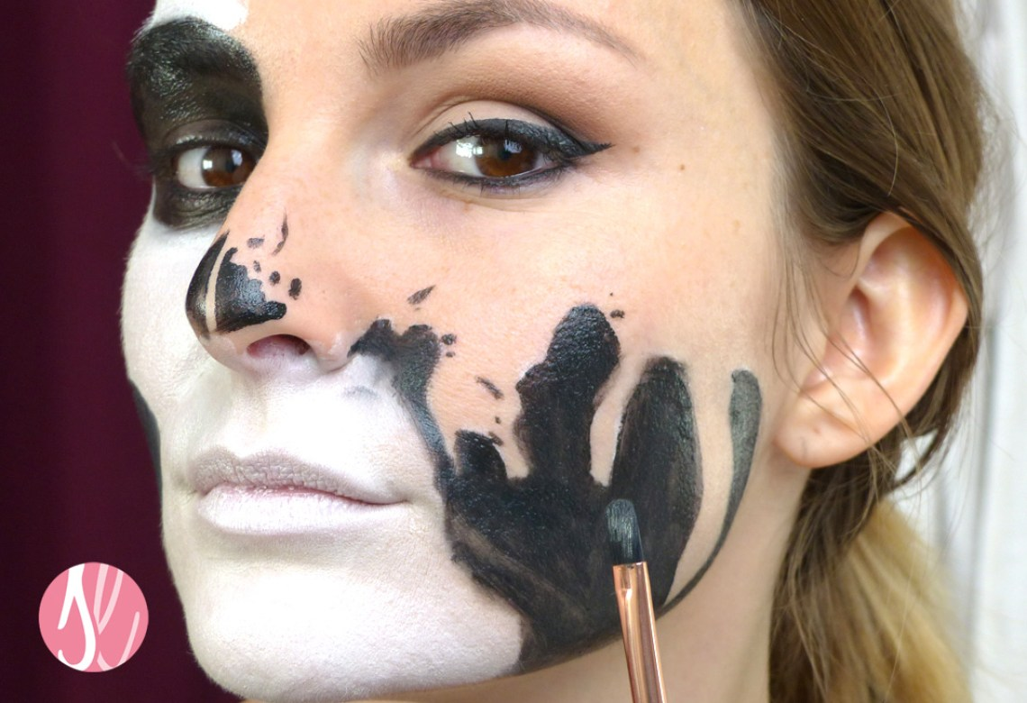 halloween_makeup_tutorial_glam_skull_theater_schminke_black_auffuellen-1
