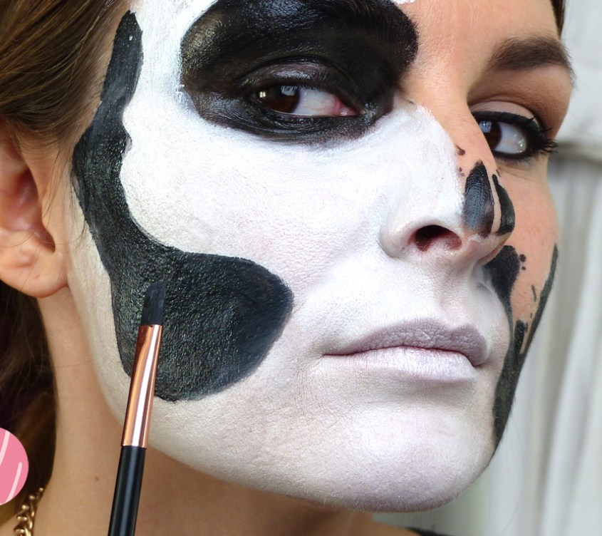 halloween_makeup_tutorial_glam_skull_theater_schminke_black_auffuellen-2