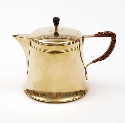 Tea kettle. ca. 1905.