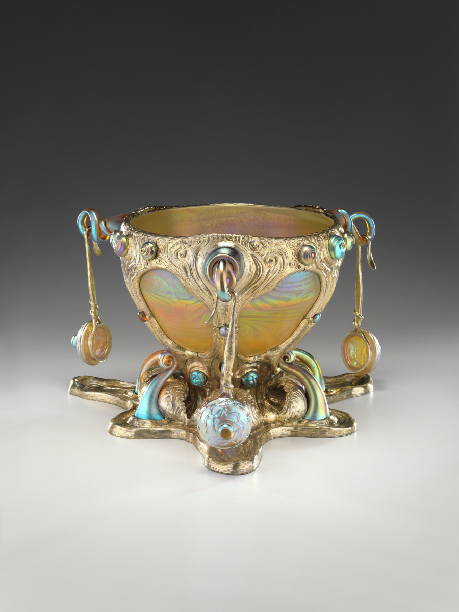 Punch bowl with three ladles. 1900.
