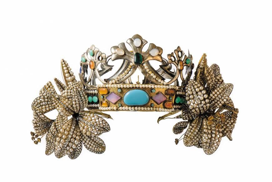 """""""Lilies"""" diadem designed for a  production of  """"La Princesse Lointaine."""" c. 1895."""