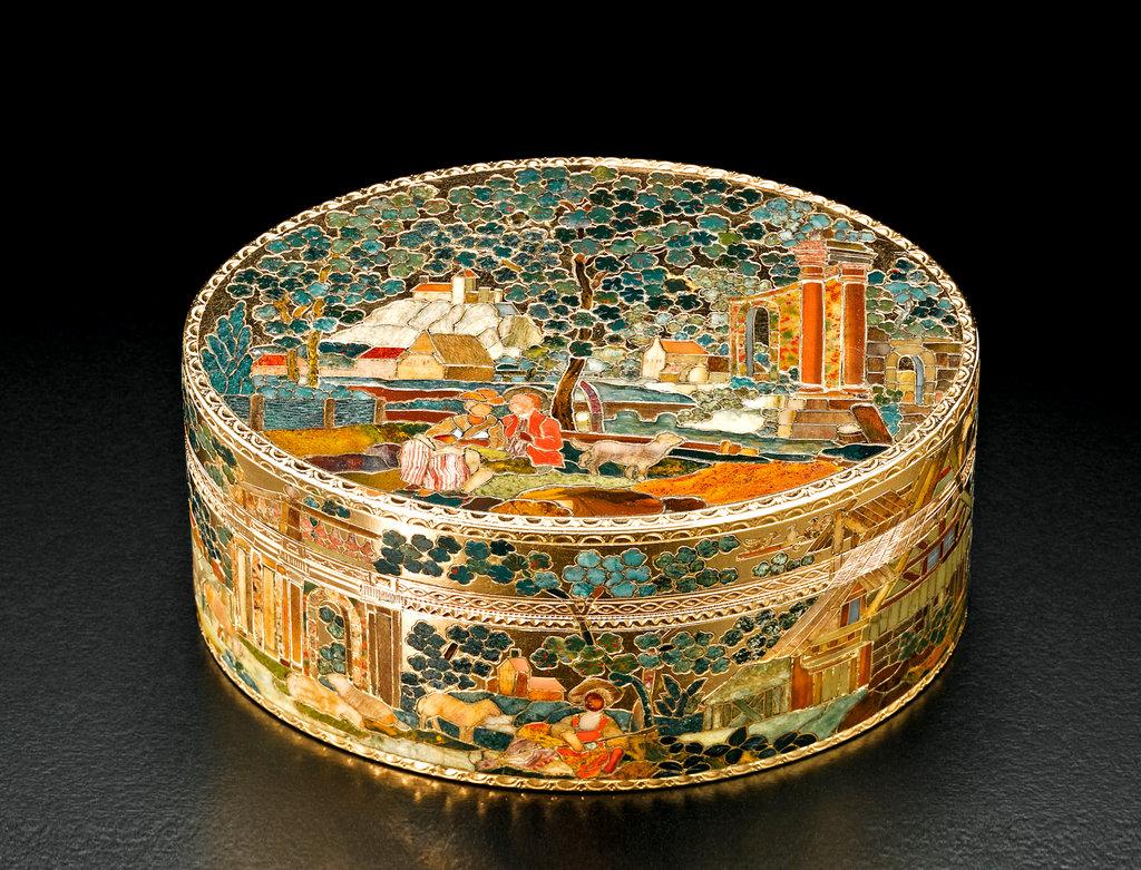 Decorative box. ca. 1770-75.