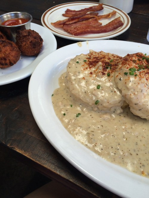 Pine State Biscuits for breakfast in Portland