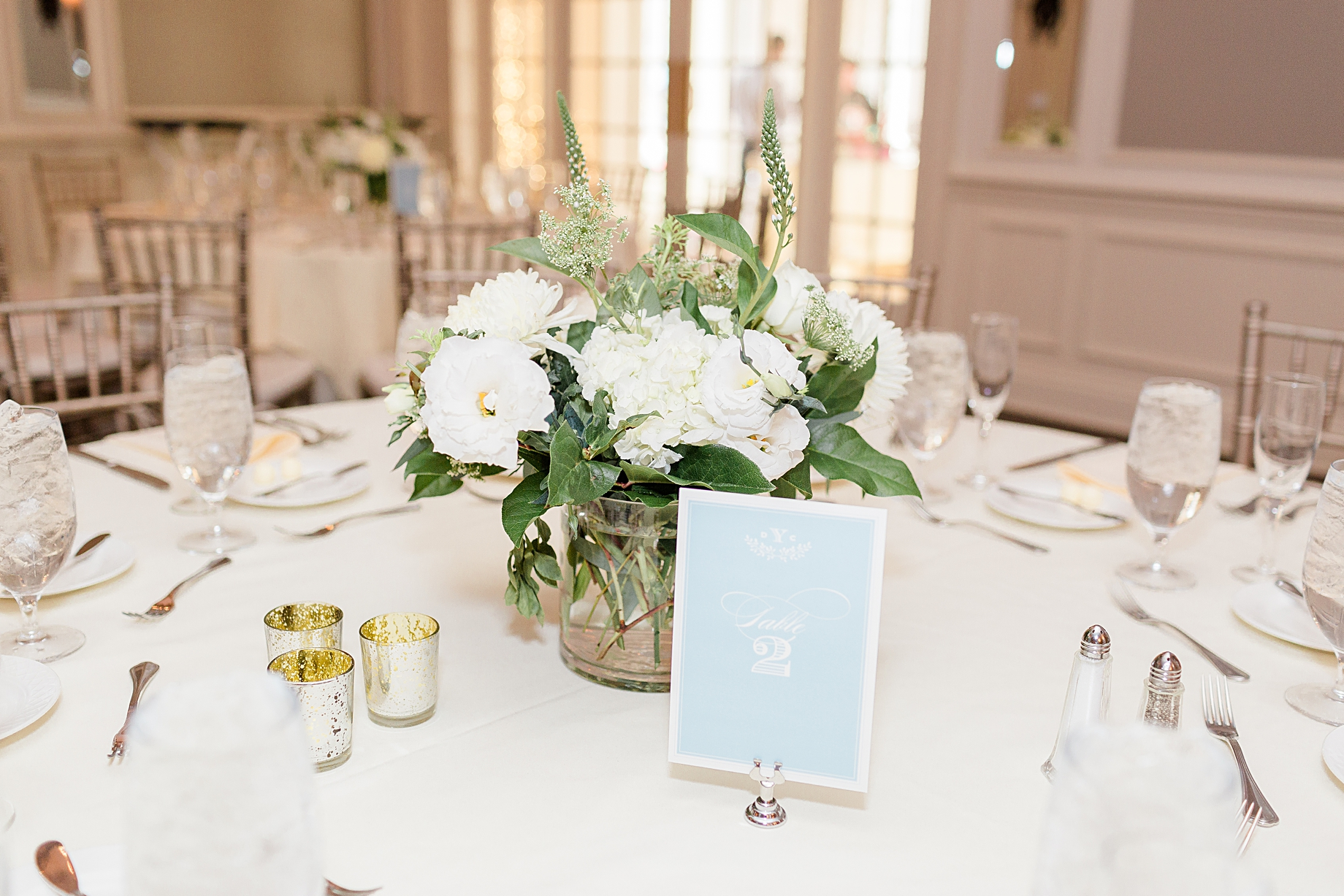 French Creek Golf Club Wedding Reception | Flowers by Blue Moon Florist