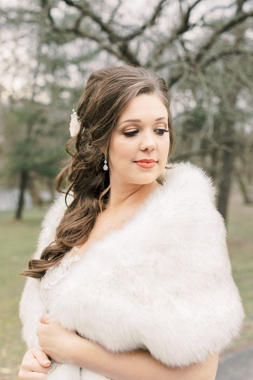 Winter Wedding at Riverdale Manor_0041