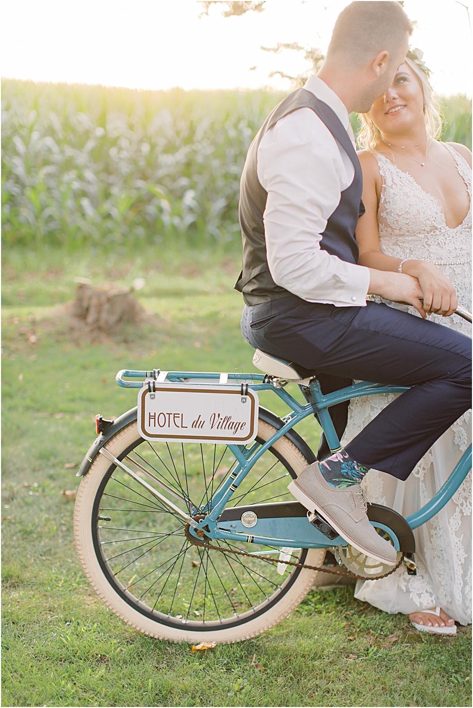 hotel du village bike portrait