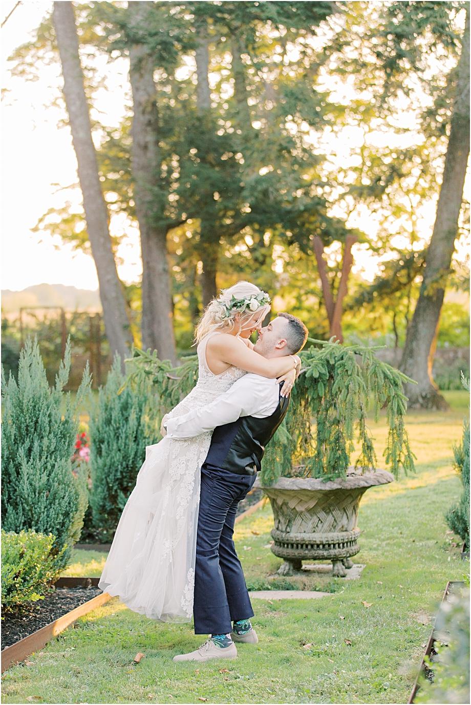 sunset wedding portraits | hotel du village wedding