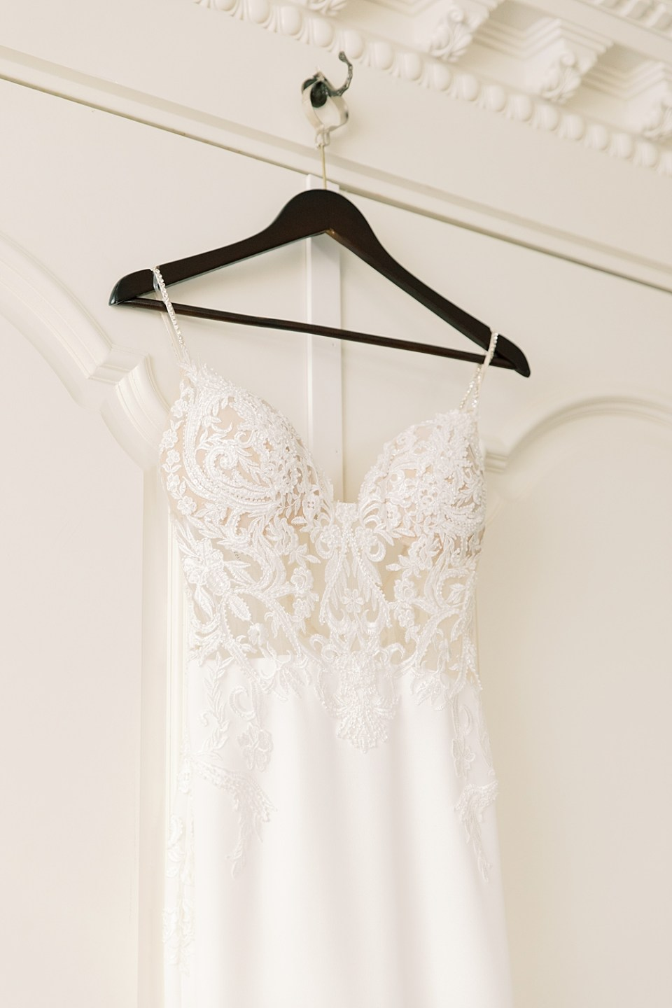 Enzoani Gown | New Jersey Wedding Photographer Sarah Canning