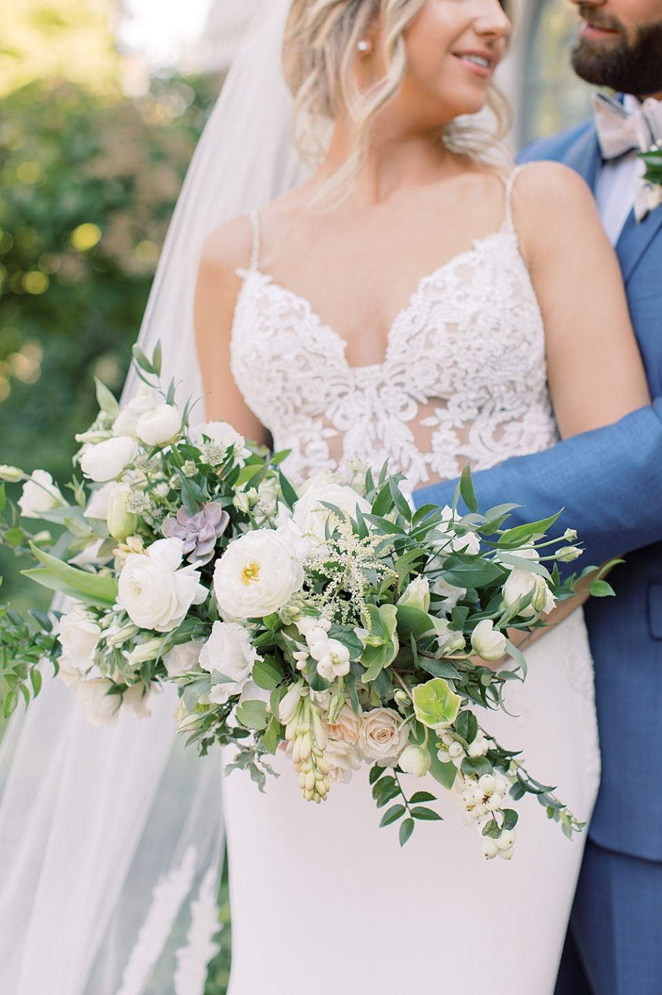 whisper and brook flower co | white and blush bridal bouquet | ashford estate wedding photographer sarah canning photography