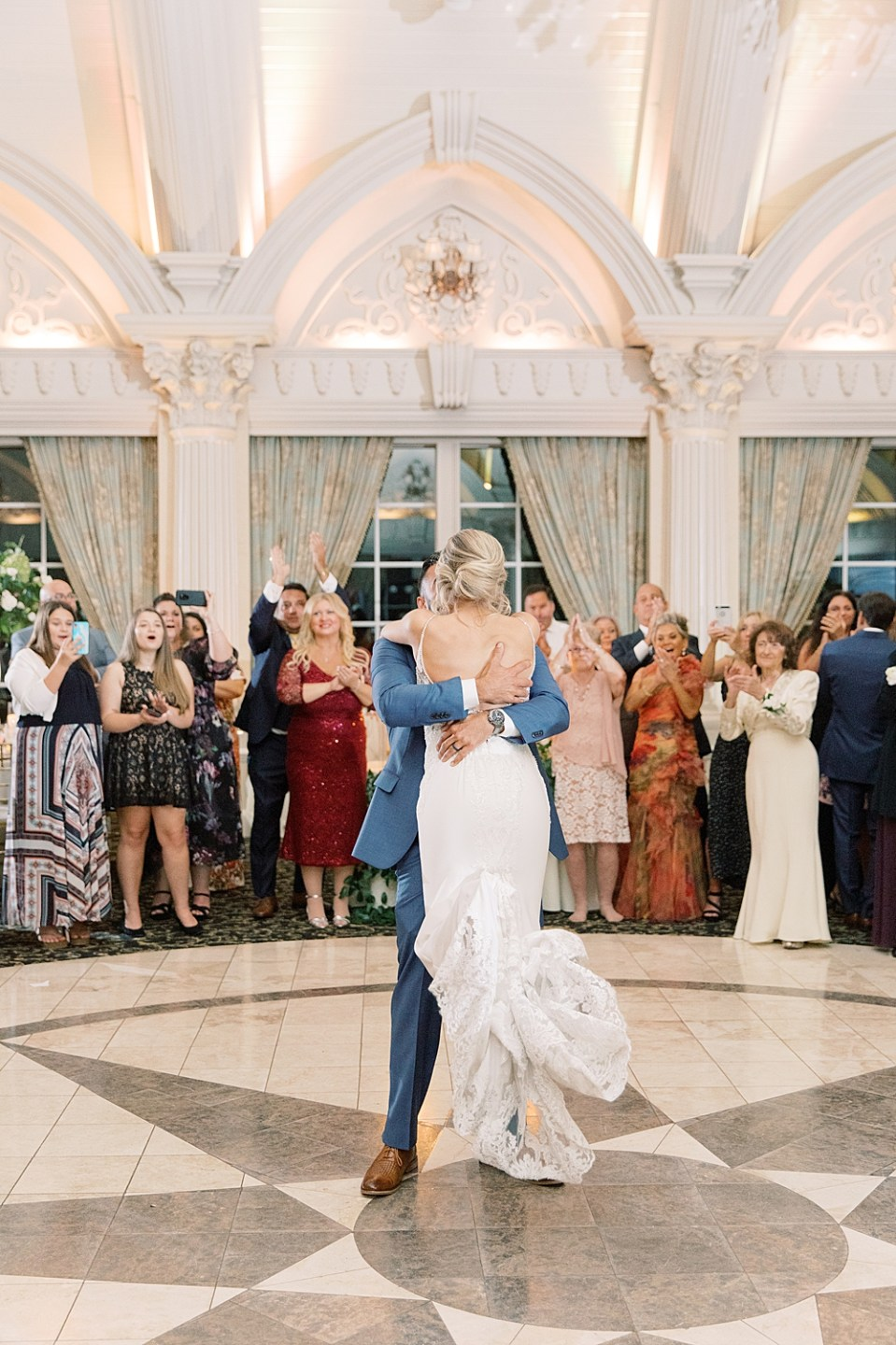 first dance | ashford estate wedding photography | sarah canning photography