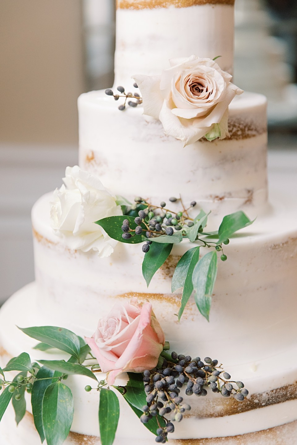 naked wedding cake with florals | palermos bakery | New Jersey Wedding Photographer Sarah Canning