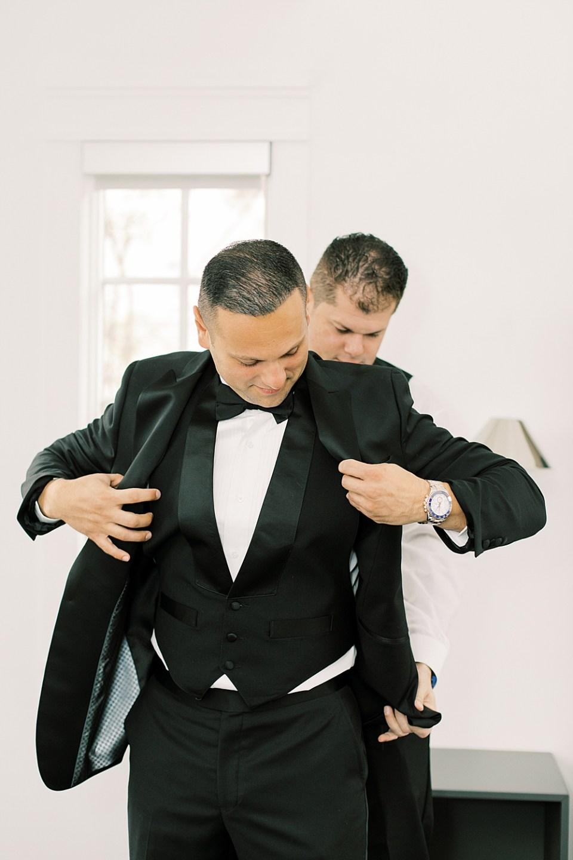 groom getting ready | ryland inn wedding | sarah canning photography