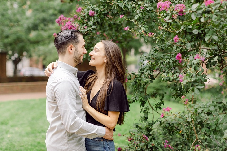 Engagement Photos in Old City Philadelphia