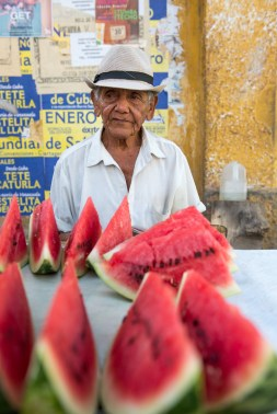 Watermelon-seller-Cartagena-Colombia-1