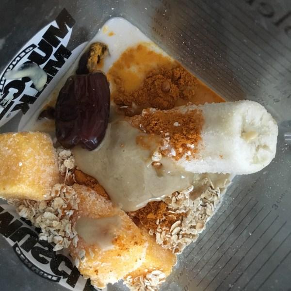 Smoothie Ingredients Tumeric Oats Mango